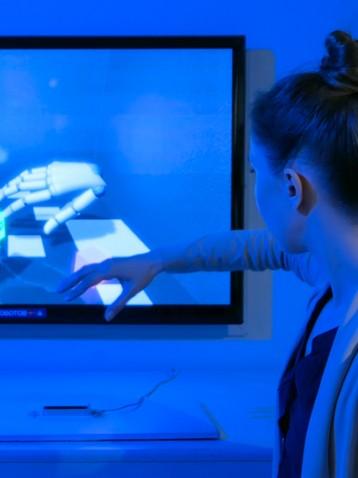 Specchi e schermi magici per l'intrattenimento